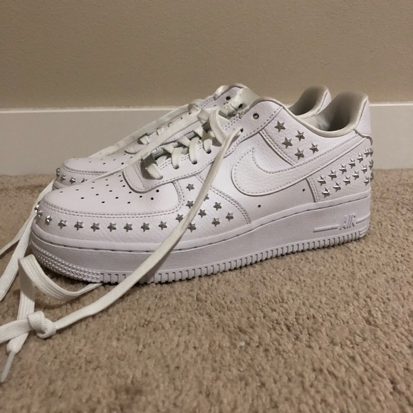 newest collection b90d7 b3dd8 Nike Air Force 1  07 XX Studded. M 5c4661792beb796298d8c71d